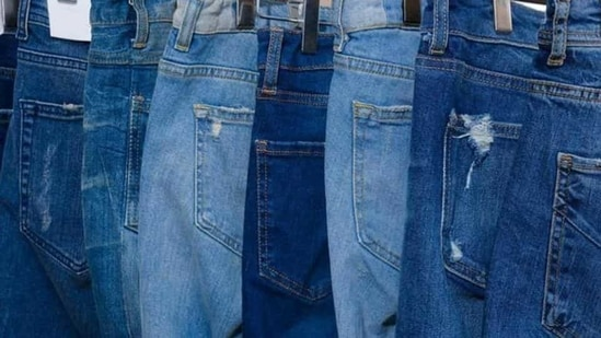 Announcing the panchayat's decision, community leader and Kisan Sangh chief Thakur Puran Singh said it was decided to bar women from wearing jeans and men from wearing shorts. (Shutterstock)