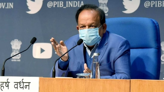 Union health minister Dr. Harsh Vardhan addressing a press conference.(ANI)