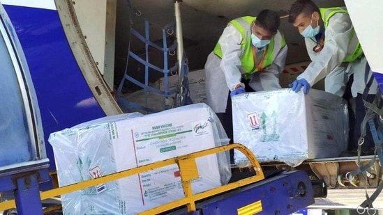 So far, 136,938 beneficiaries, including the general public, have been inoculated in Indore. In picture - First consignment of Covid-19 vaccine doses arrive at Indore.(PTI)