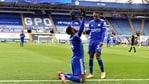 Kelechi Iheanacho celebrates his hat-trick. (Leicester City FC/Twitter)