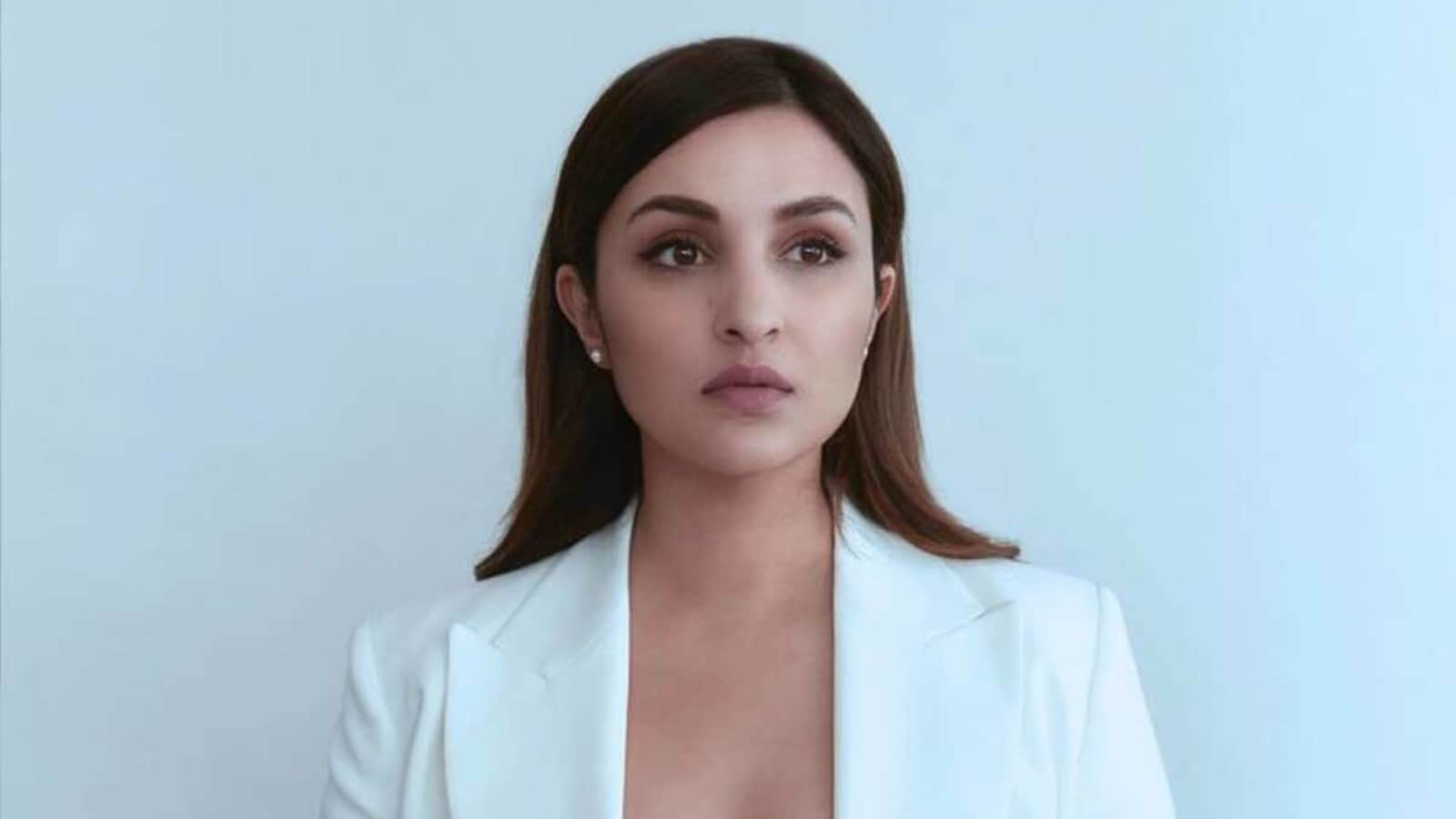 Parineeti Chopra appeals to Zomato to find out the 'truth', 'penalise the woman' in delivery man row - Hindustan Times