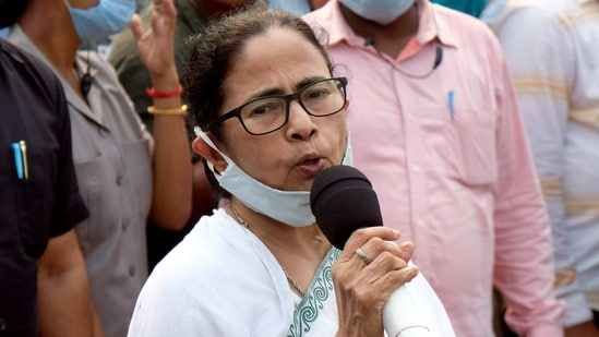 West Bengal chief minister Mamata Banerjee addresses a public rally.(ANI )