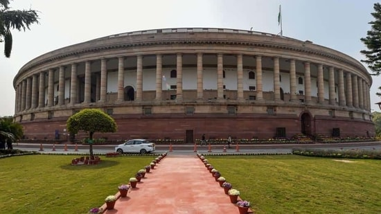 Parliament session: Bill to amend juvenile justice law introduced in Lok Sabha | Hindustan Times