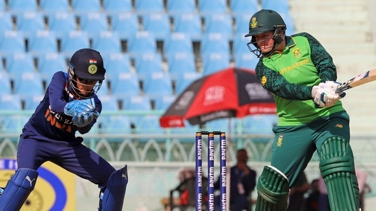 South Africa women beat India women by seven wickets on Sunday(Twitter)