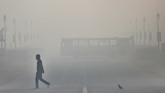 The problem of air pollution in India is largely focused around the national capital, Delhi, high concentrations of PM 2.5 (ultrafine particulate matter with diameter less than 2.5 micrometres) are recorded in the entire Indo-Gangetic Plains (IGP) , especially during the winter season.( Biplov Bhuyan/ Hindustan Times)