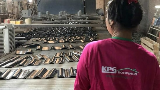 KPG has 30 exclusive roofing showrooms across India, which hosts ceramic roof tiles, white clay roofing tiles, roofing shingles, rain gutters, and other accessories.
