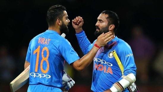 Virat Kohli and Dinesh Karthik (Twitter)