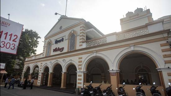 Photograph of 100-year-old Victory theatre in Camp, Pune, that was once used as a playhouse for the British, taken on March 17, 2021. The historic structure does not figure on fire audit compliance list of Pune Cantonment Board. (PRATHAM GOKHALE/HT)