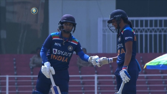 After the hosts lost three early wickets, experienced players in Mithali Raj (left) and Harmanpreet Kaur steadied India's innings. (Twitter)