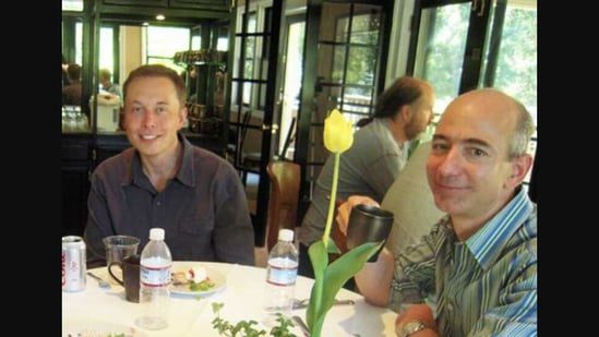 The throwback image shows Elon Musk and Jeff Bezos.(Screengrab)