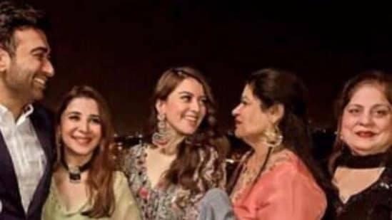 Check out the latest pictures from Hansika Motwani's brother's wedding.