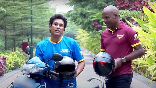 Snapshot of the video featuring Sachin Tendulkar and Brian Lara.(YouTube)