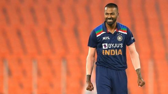Hardik Pandya in action against England in Ahmedabad.(Twitter (Hardik Pandya))