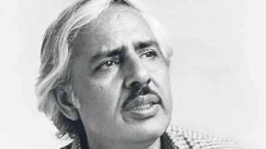 Veteran director and writer Sagar Sarhadi breathed his last on Sunday night.