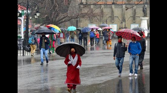 More rain and snow are likely in the state over the next two days as a western disturbance is active over the region, according to Shimla meteorological centre director Manmohan Singh. (Deepak Sansta/HT)