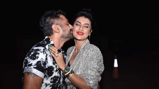 Eijaz Khan kisses Pavitra Punia at a bash. (Varinder Chawla)