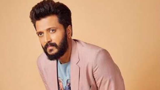 Actor Riteish Deshmukh gave a glimpse of his new hairstyle, which is a part of his look for a new film.(Instagram/riteishd)