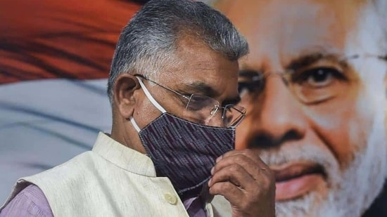 West Bengal BJP president Dilip Ghosh on Thursday defended his bermuda comment on Chief Minister Mamata Banerjee and said a woman showing her legs in a saree is inappropriate.(PTI)