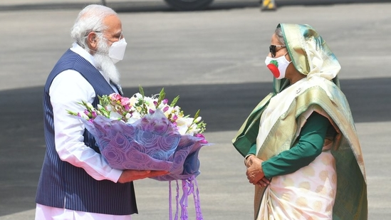 The Bangladesh government invited PM Modi to take part in the celebration of the Golden Jubilee of its independence.(Twitter.com/narendramodi)