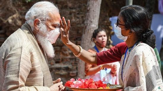Satkhira: Prime Minister Narendra Modi visits the Jeshoreshwari Kali Temple, in Satkhira, Bangladesh, Saturday, March 27, 2021. (PTI)