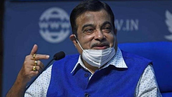 Union road transport ministry Nitin Gadkari approved a proposal of levying tax from personal vehicles that are older than 15 years. (ANI)