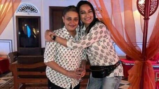 Sonakshi Sinha with Reema Kagti.