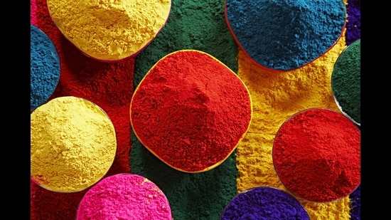 With Holi celebrations turning intimate, due to recent rise in Covid cases, quite a few people are making colours at home. (Photo: Images Bazaar)