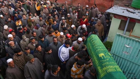 Villagers carry the coffin of Riyaz Ahmad, a municipal councillor was killed in a militant attack at Sopore in Baramulla distrcit of north Kashmir on Monday. (PTI)