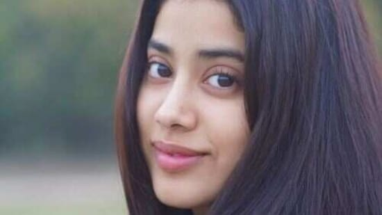 Janhvi Kapoor wrapped up Good Luck Jerry and left for the US.
