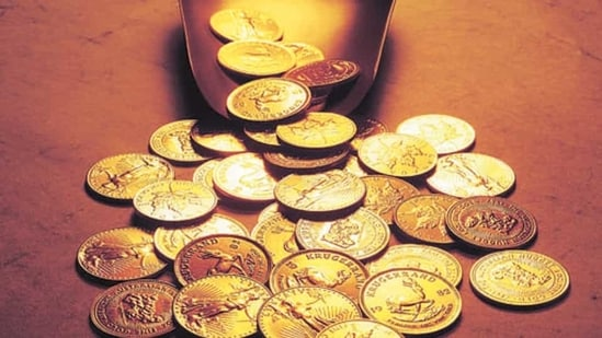 US gold futures were down 0.4% to $1,679.10 per ounce on Wednesday.