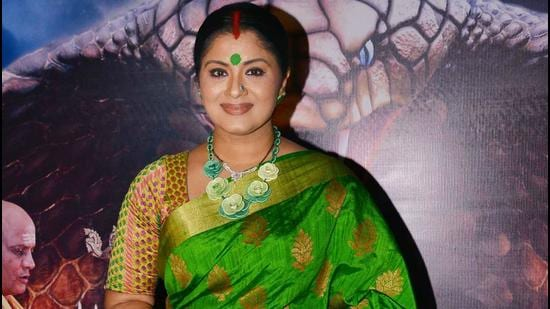 Sudha Chandran has written an emotional post in honor of father KD Chandran.