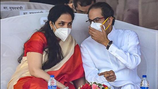 Maharashtra CM Uddhav Thackeray and his wife Rashmi Thackeray. (PTI)