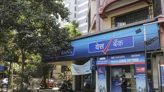 The central agency's case is based on an FIR of Aurangabad Police (Maharashtra) against Gupta and Varma on charges of cheating and diversion of Yes Bank loan funds of <span class='webrupee'>₹</span>410 crore.(Bloomberg file photo)