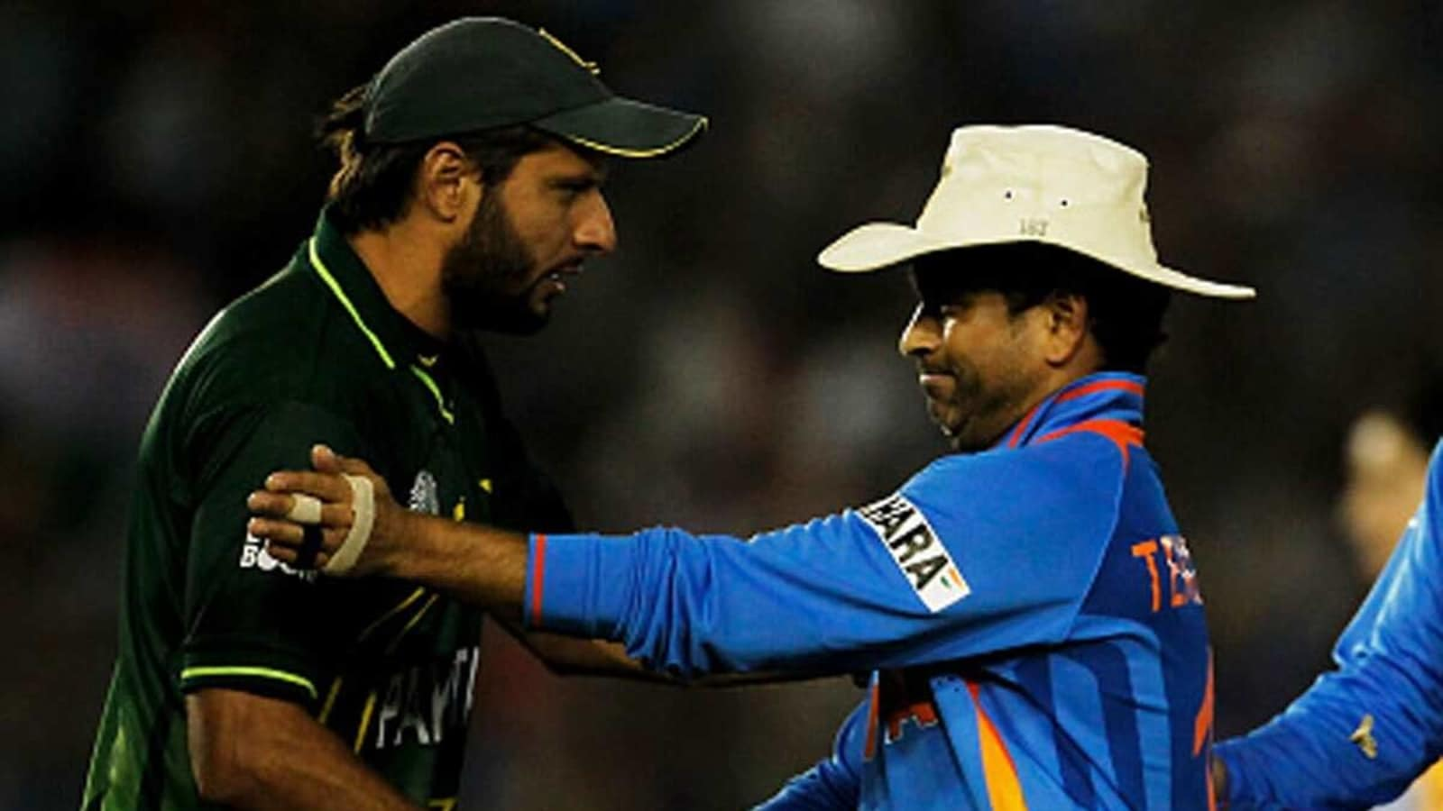 After Wasim Akram, Shahid Afridi sends his best wishes to hospitalised Sachin Tendulkar - Hindustan Times
