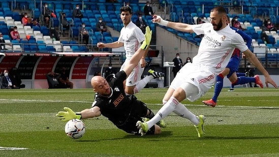 Karim Benzema got a free run at the goal. (Real Madrid/Twitter)