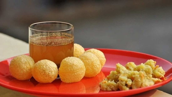 Gol gappe vs pani puri post has prompted people to share all sorts of comments (representational image).(Pixabay)