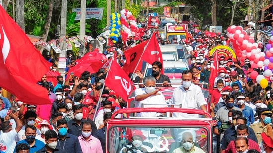 Kannur: Kerala CM Pinarayi Vijayan at an election campaign road show in his constituency Pinarayi, in Kannur, Sunday, April 4, 2021. (PTI Photo) (PTI04_04_2021_000144A)(PTI)