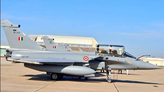 A Rafale fighter jet about to take for India from France, on Wednesday. (ANI)