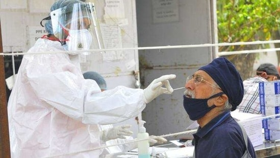 Samples being collected for the Covid-19 test in Chandigarh.(Keshav Singh/HT Photo)