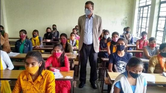 Bihar schools, like schools in rest of the country were closed for almost a year due to coronavirus pandemic and reopened in January this year. HT photo