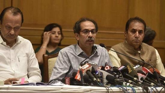 Union minister Ravi Shankar Prasad said that Uddhav Thackeray (centre) has lost the moral right to govern.(HT Photo)
