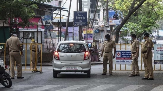 The PMC has already closed hotel, restaurants, and bars, except room service in the lodging hotels, within the city limits. (Pratham Gokhale/HT Photo)