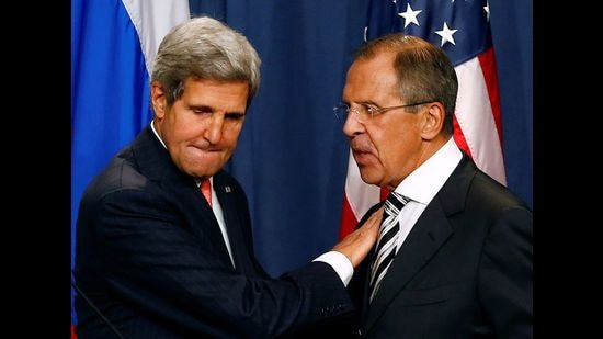 US special presidential envoy John Kerry (left) and Russian foreign minister Sergey Lavrov. (REUTERS File)