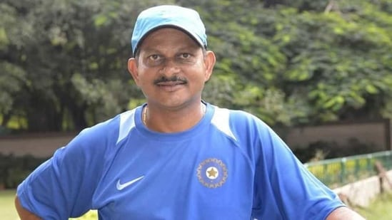 Lalchand Rajput is named as the interim coach of Zimbabwe cricket team.(BCCI Twitter)