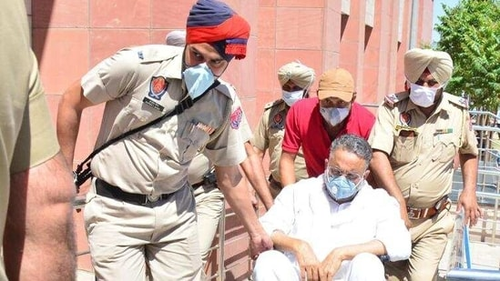 Gangster-turned-politician Mukhtar Ansari underwent a series of medical tests in Punjab jail before the UP Police team took his custody on Tuesday.(Keshav Singh/HT File Photo)