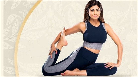 Shilpa Shetty's variation makes Yoga's tricky Eka Pada Rajakapotasana look easy(Instagram/theshilpashetty)