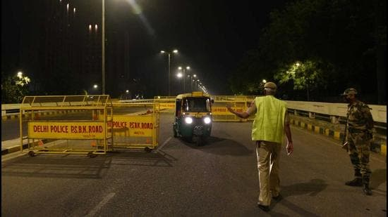 Partial lockdowns have been imposed in several parts of the country, with Maharashtra, Punjab and Kerala being among the worst affected states. Delhi on Tuesday also imposed a night curfew to reduce the risk of transmission. (HT Photo)
