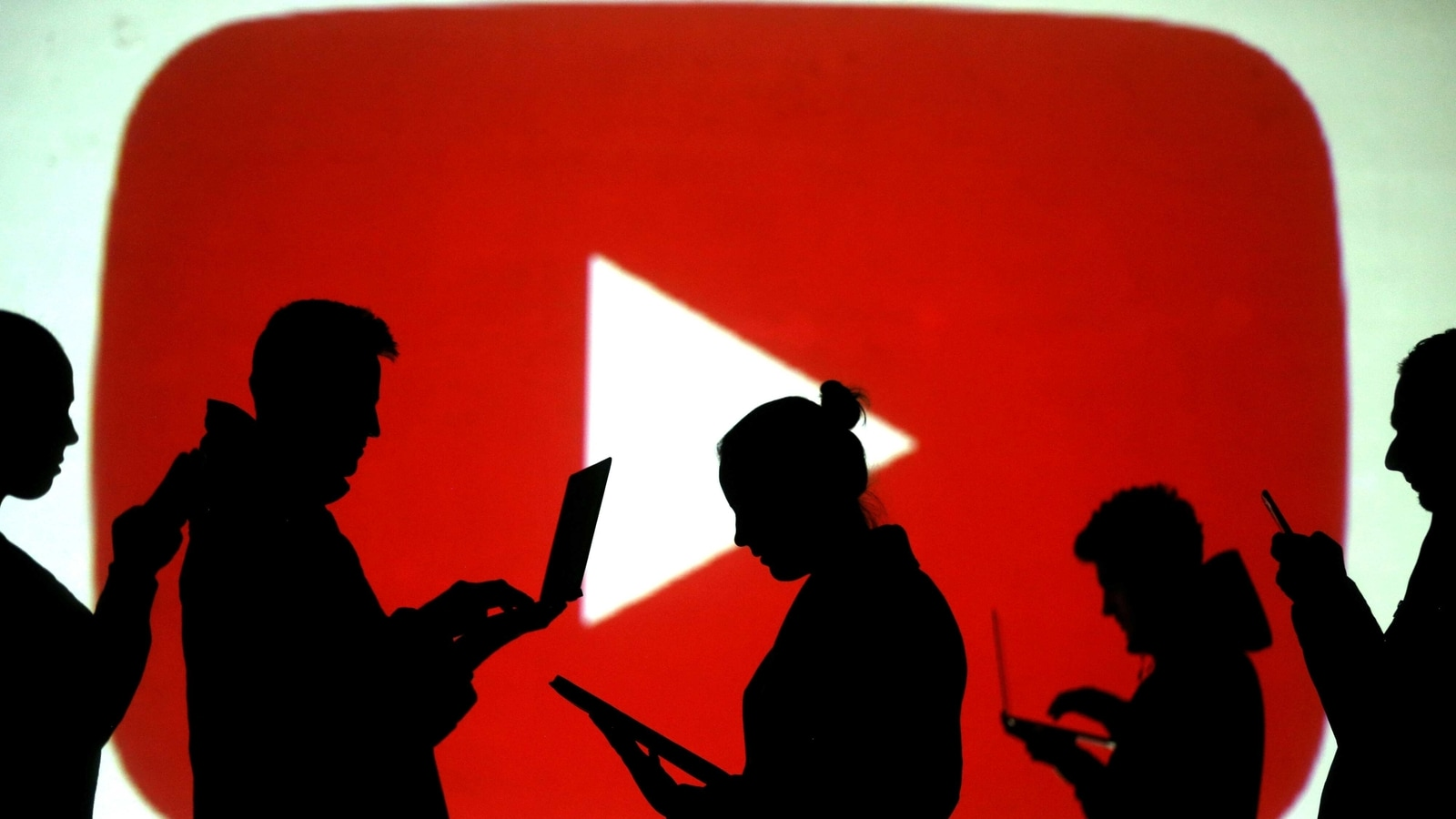 YouTube most used social media in US, followed by Facebook. Here are the Top  10   Hindustan Times