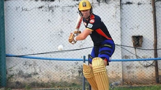 Ab de Villiers at a training session.(RCB/Twitter)