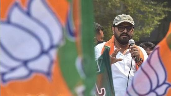 BJP candidate Babul Supriyo, who represents the Asansol Lok Sabha seat in Bengal's West Burdwan district, faces a tough fight at the Tollygunge seat in south Kolkata. (PTI PHOTO.)